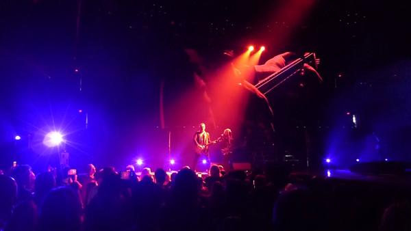 Def Leppard at The Schott - Videos