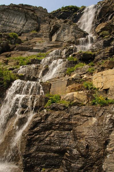 glacier_logan_pass_17599_goat_falls-sm.jpg