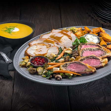 New HOLIDAY FEASTS join Hot Butter Beer as seasonal treats at Wizarding World Hollywood
