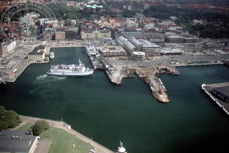 Helsingborg harbour (1990) | PH.1319
