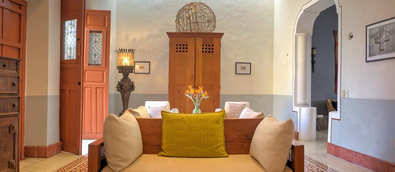 7-Calle 57 #573 living room pano.jpg