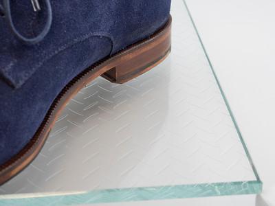 Diamond Plate Clear