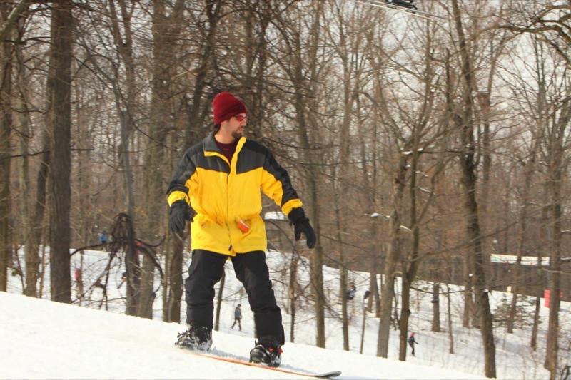 Snow_Trails_2010_J21.jpg
