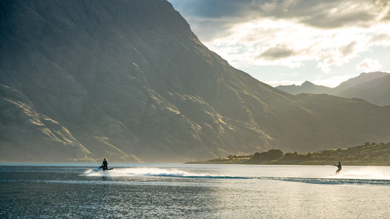 jet ski on hawea-1.jpg