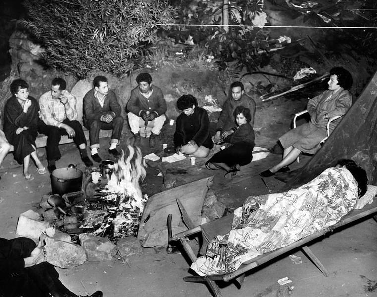 1959, Ocho de Mayo Camp Fire
