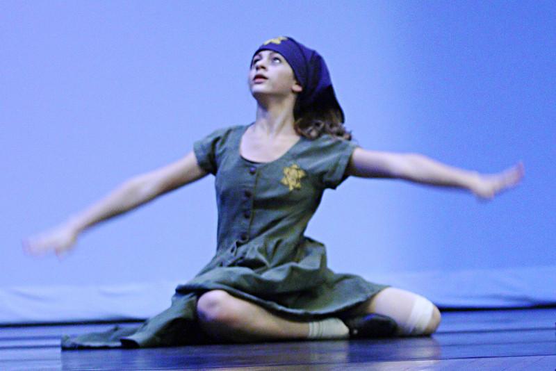 dance_050209_187.jpg