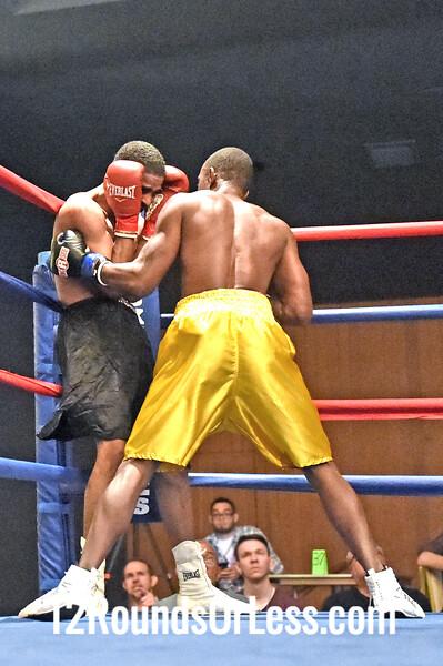 Bout 1 Alfred Hall(Red Wrist-wraps), Jackson, MI -vs- Donte Adams(Blue Wrist-wraps), East Lansing, MI, 147 lbs