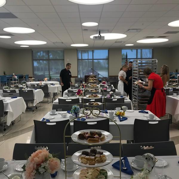 Headmasters Tea With Seniors (23).jpg