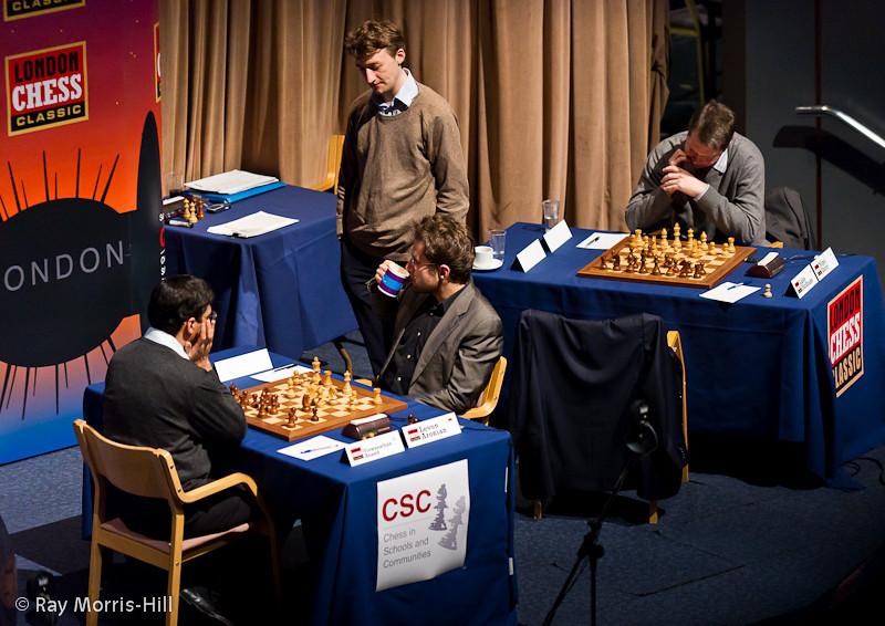 Round 7: Luke MCShane watches Anand - Aronian