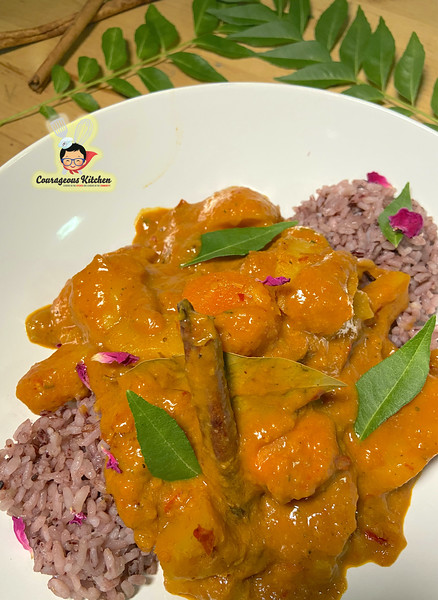 vegetarian massaman curry thai food.jpg