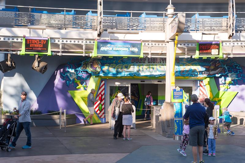 Buzz Lightyear Low Crowds - Magic Kingdom Walt Disney World