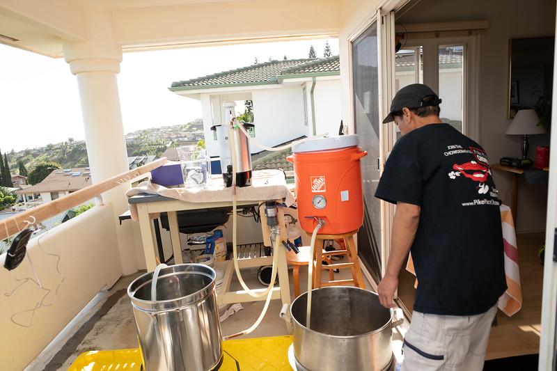 Hawaii - Brewing Beer-56.jpg