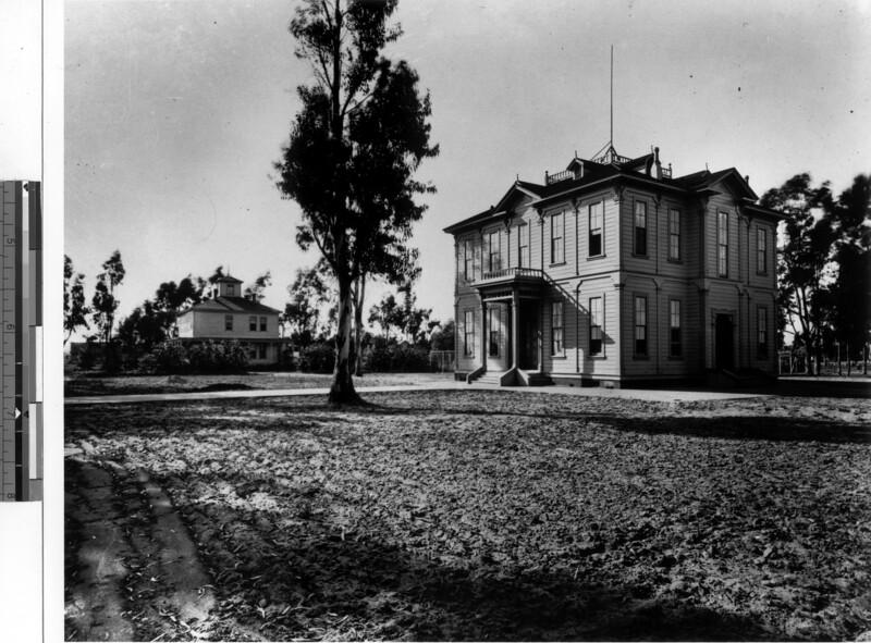 Widney Hall, USC, 1900s