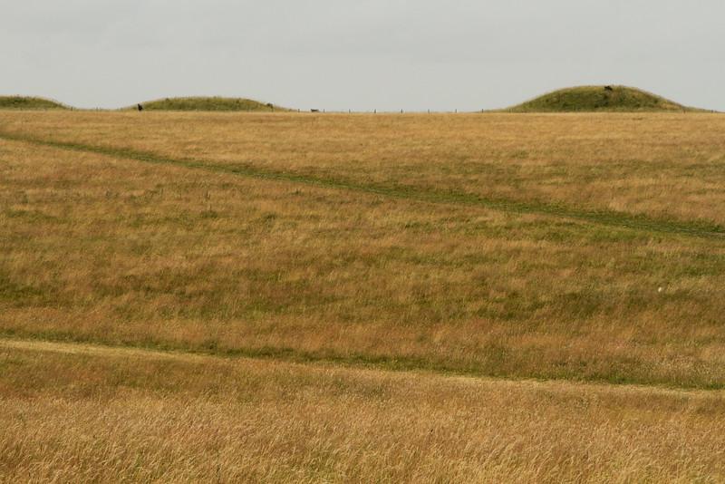 StonehengeHills.jpg