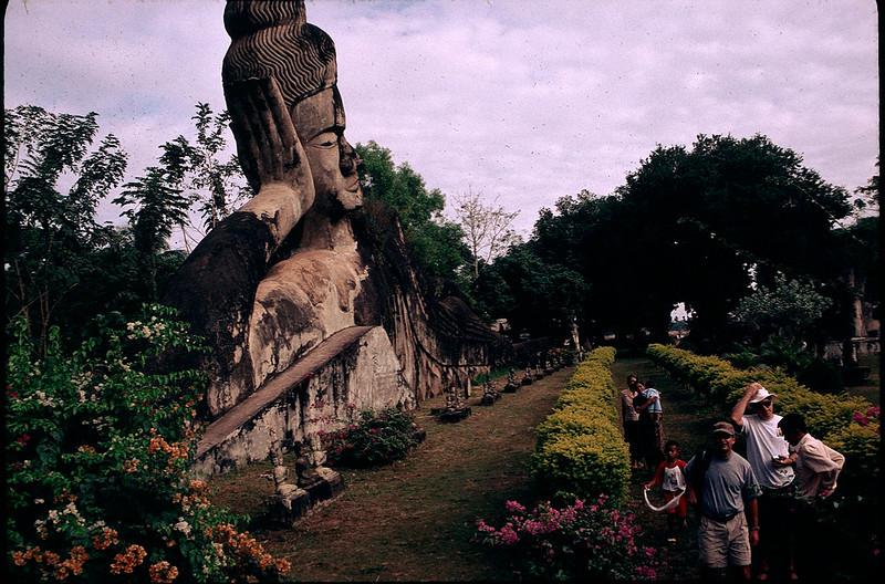 LaosCanada1_034.jpg