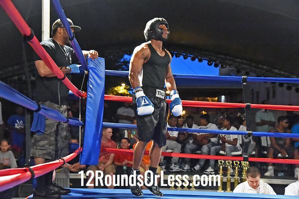 Bout 11 Jamar Watkins, Cleveland/Thurgood Marshall -vs- Tommie Ellis, Cleveland/EBT Boxing, 162 lbs