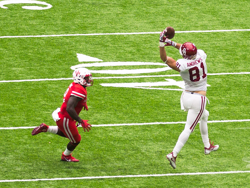 Complete to Andrews.   OU is on the way to scoring the game's last touchdown.