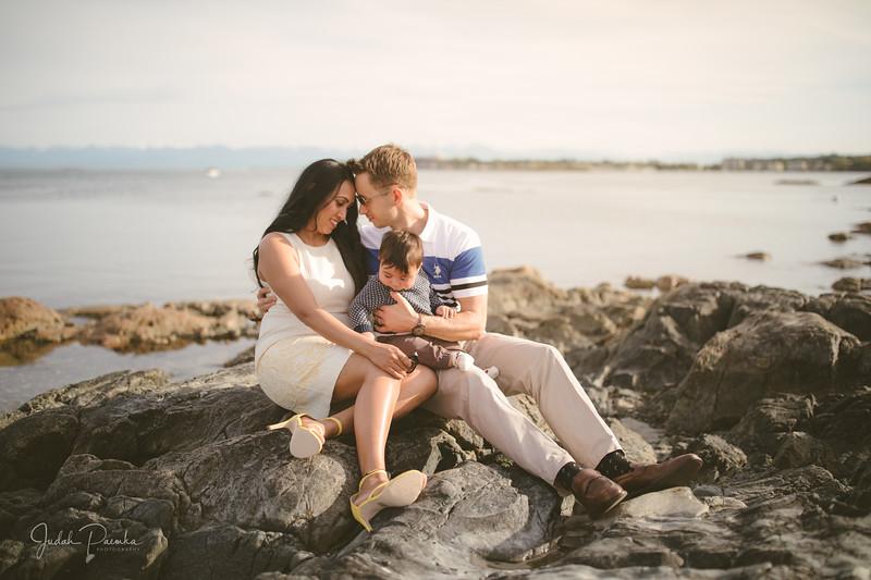 Baby Shower; Engagement Session; Mount Washington HCP Gardens; Chinese Village; Victoria BC Wedding Photographer-19.jpg