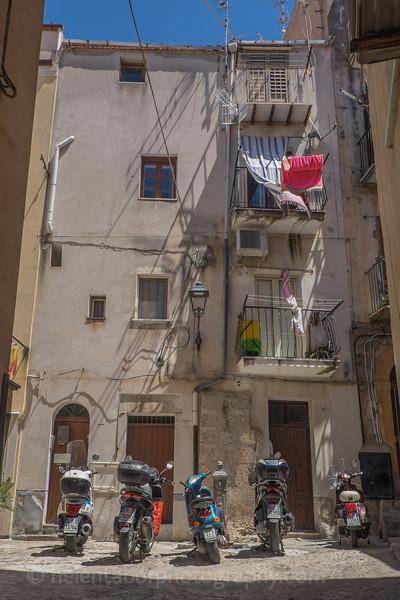 Sicily 2016-18.jpg