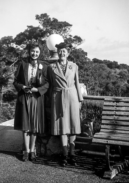 Flo & Val At Caves House Without Arm.jpg