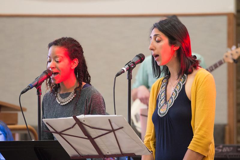 singers Naeemah Maddox and Karinne' Andonian -- Philadelphia's EZUZ with Jessi Roemer perform at Beth El, April 19, 2015