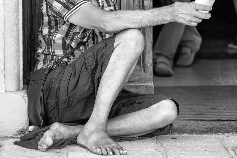 Beggar - L'Aquila, Italy - August 14, 2019