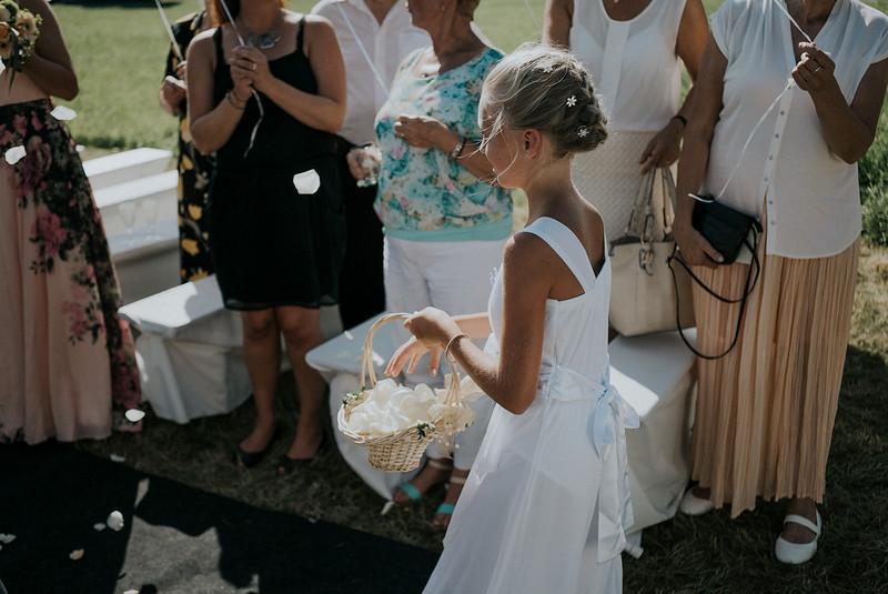 Tu-Nguyen-Wedding-Hochzeitsfotograf-Hochzeitsreportage-Neuwied-Bonn-Koblenz-Jan-Jessica-103.jpg