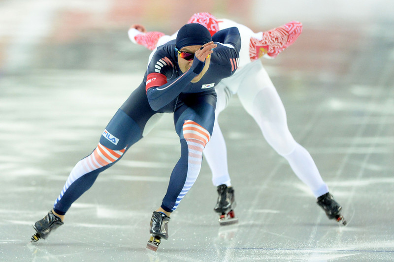 . South Korea\'s Lee Kyou-Hyuk competes in the Men\'s Speed Skating 1000 m at the Adler Arena during the Sochi Winter Olympics on February 12, 2014.  (ANDREJ ISAKOVIC/AFP/Getty Images)