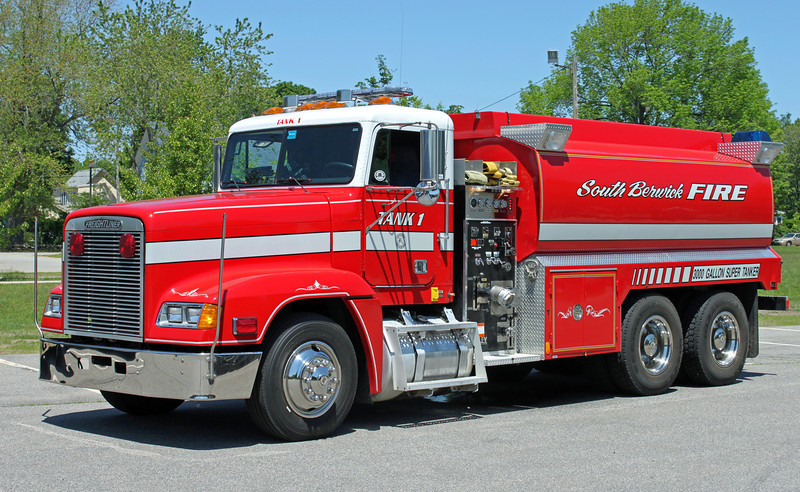 RETIRED  Tank 1   1995 Freightliner/Fouts   500/3000