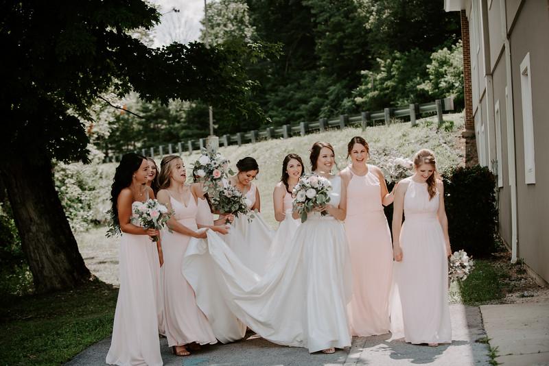 Bridesmaids-16.jpg