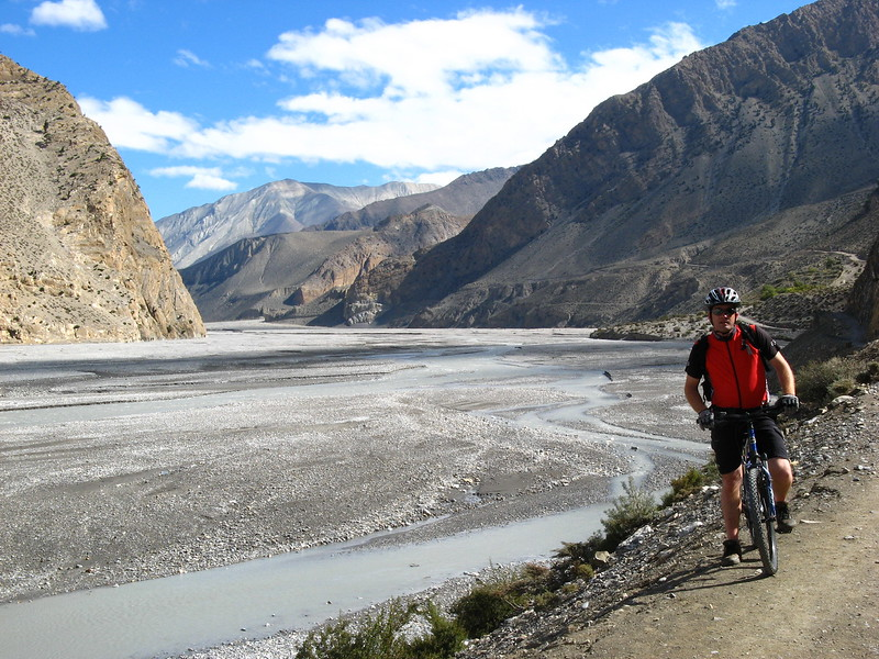 Mads along the riverbed on Day 1 en-route to Kagbeni.
