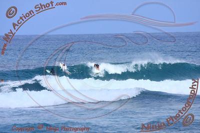 2010_10_11 - Nathan - Surfing Laniakea