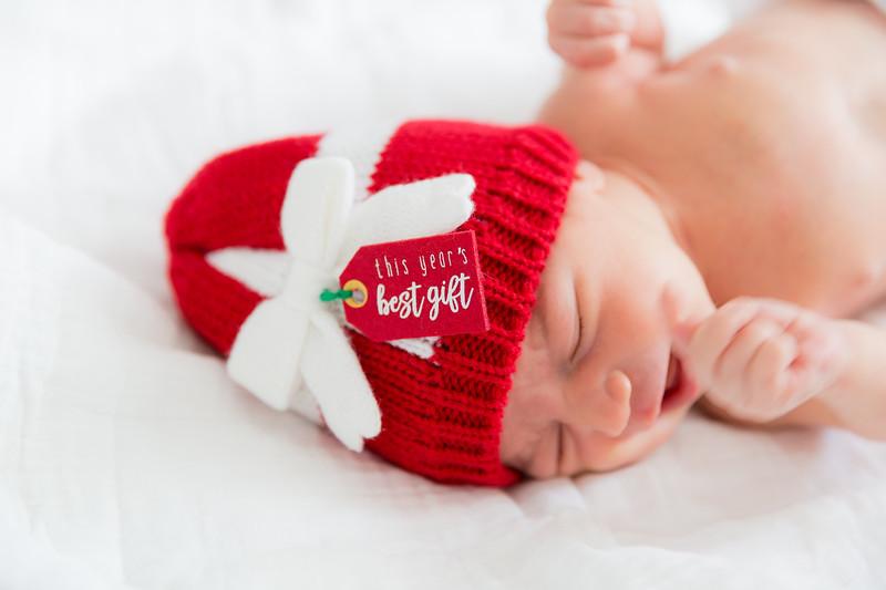 Mila Newborn-117.jpg