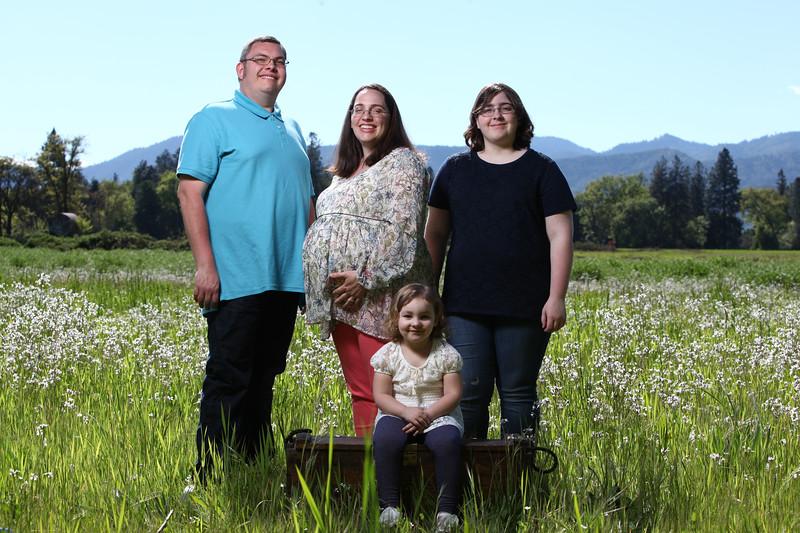 024-2017-04-30 Sams Family Maternity.jpg