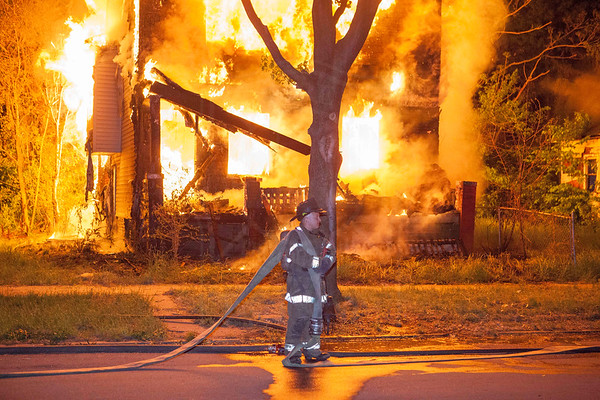 Detroit MI, - May 18, 2013 - Box Alarm - 4415 Montclair St.
