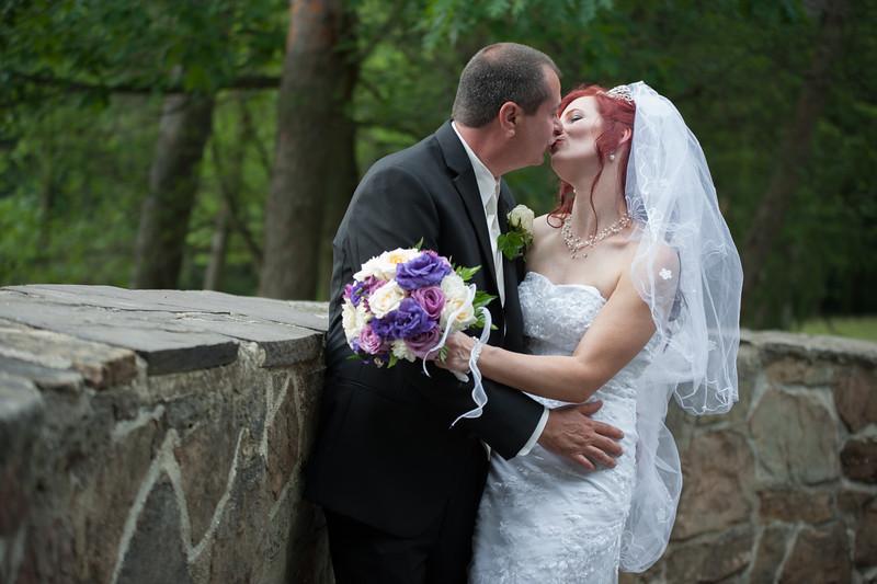 Fordosi Wedding