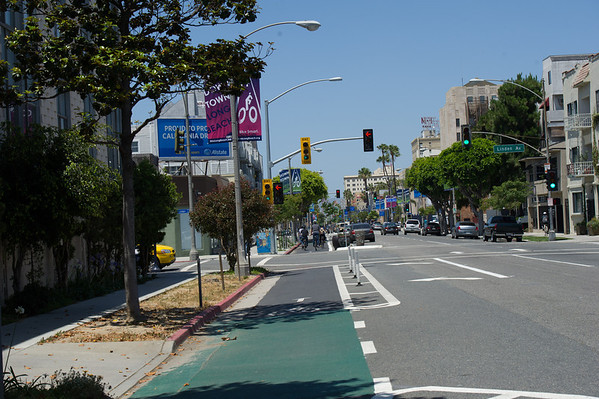 Separate Lanes - cycle tracks