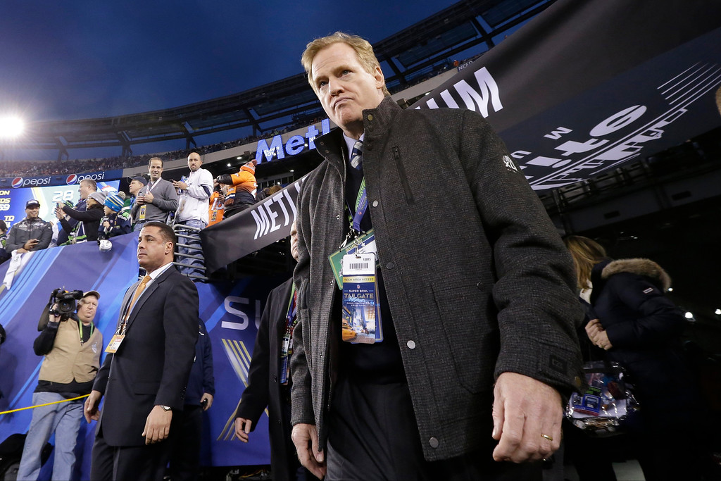 . <p><b>12. ROGER GOODELL</b> <p>Jersey temperatures so springlike, commissioner never felt chilly in his empty suit. <p>   (AP Photo/Julio Cortez)