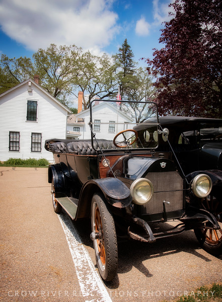 ANTIQUE CARS IN ROCKFORD