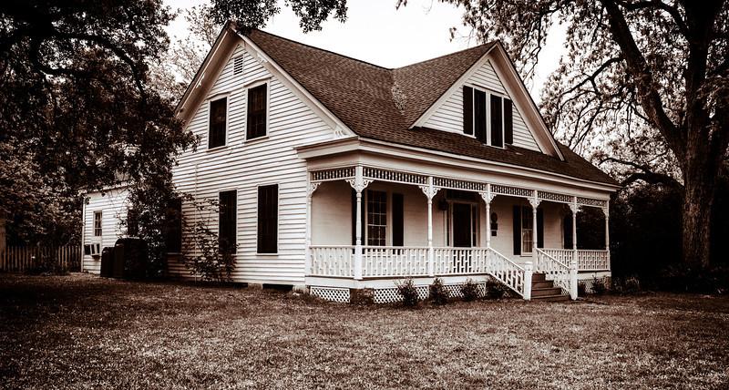 Applewhite House--16.jpg