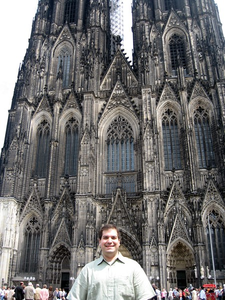 Craig in front of the Dom (Cologne Cathedral), the largest Gothic church in Northern Europe and from 1880-1884 the tallest building in the world
