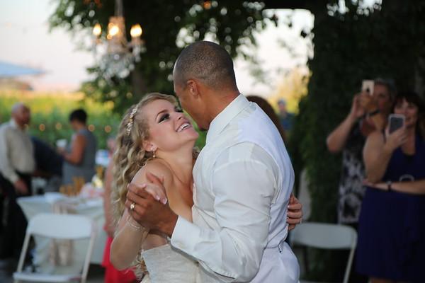 Roberson Wedding - Sandstone Vineyards