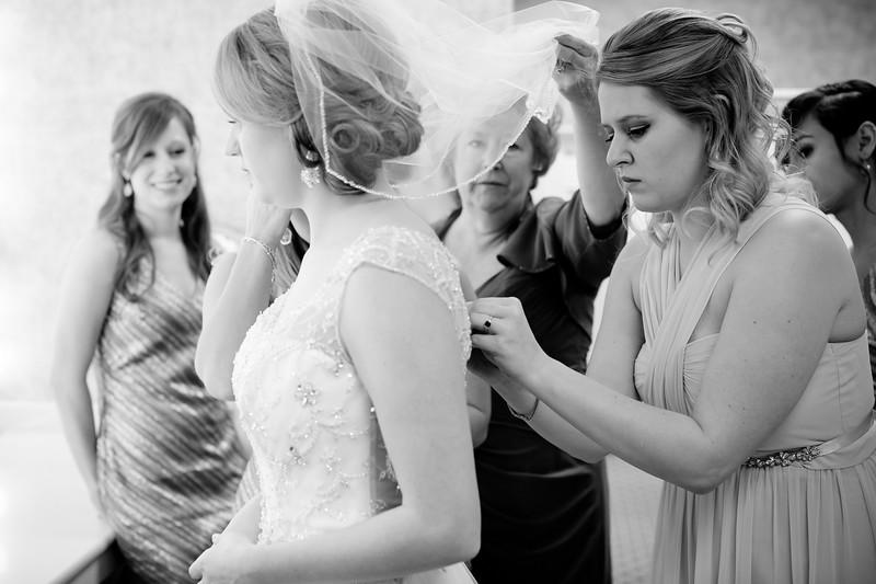 Torres Wedding _Getting Ready  (182).jpg