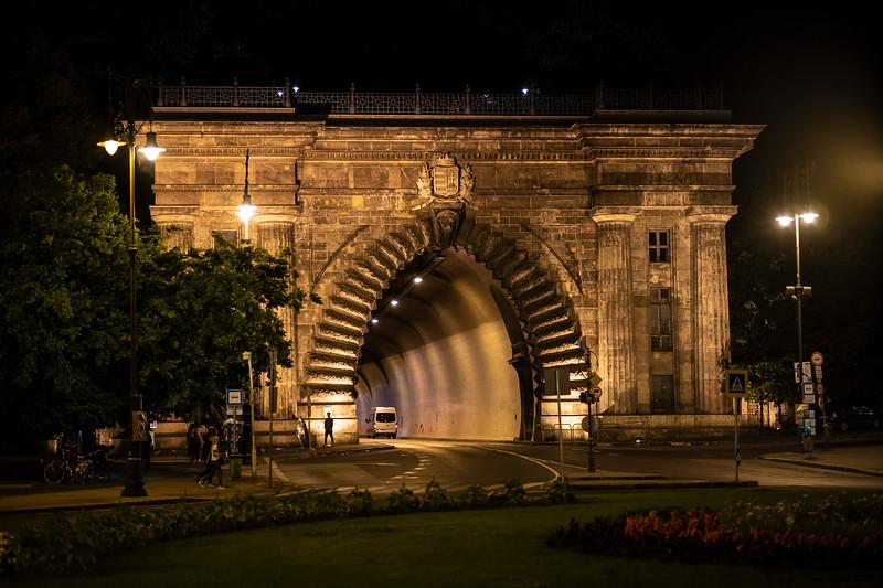 tunnel entrance foot of Buda Hill.jpg