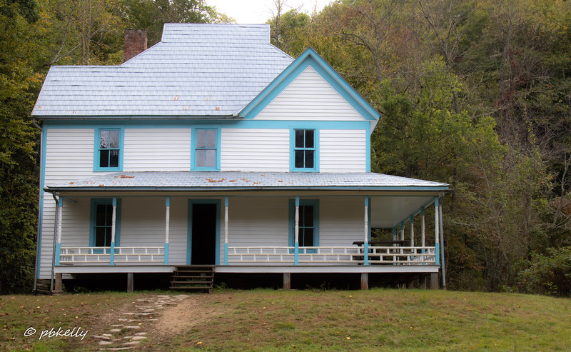 100818.  Caldwell House in Cataloochee.  Pretty modern looking.