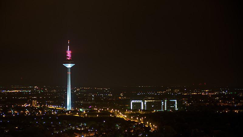 FrankfurtTVTower.jpg