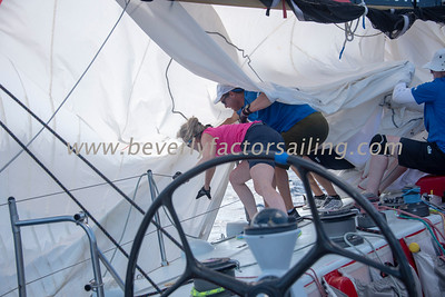 ESPIRIT DE CORPS IV CREW ACTION - Race Day 3