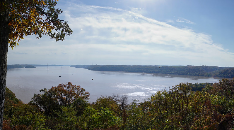 1085 - Autumn 2016 - Susquahannock Overlook South Pano (p).jpg