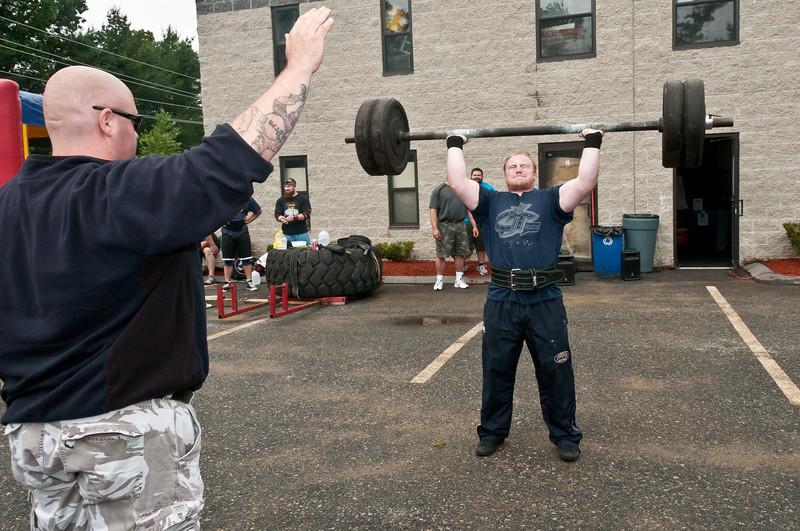 Fitness Revolution Strongman Challenge 2011_ERF3783.jpg