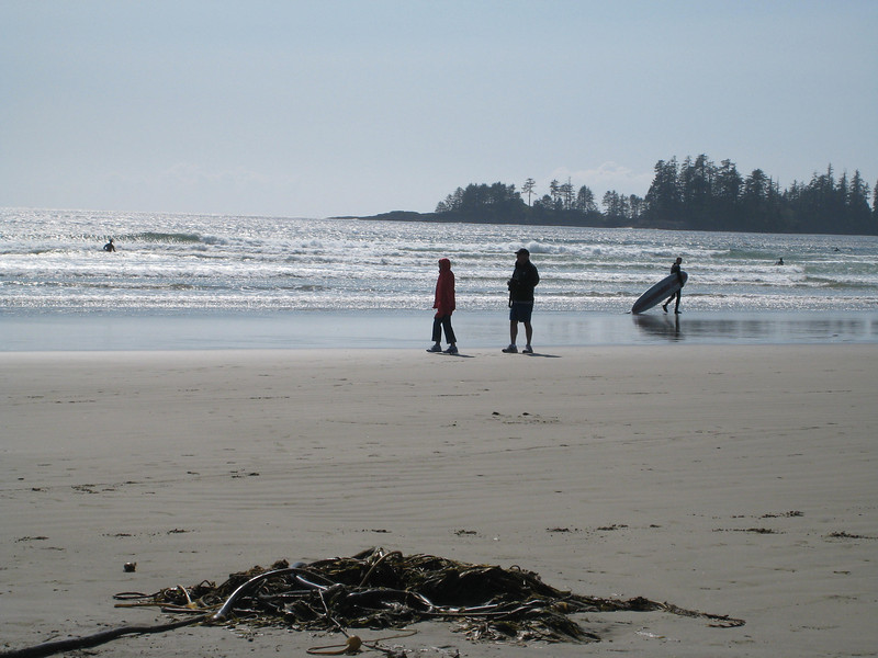 And then we visited Long Beach in Pacific Rim National Park - here's Mike and Linda walking the beach.